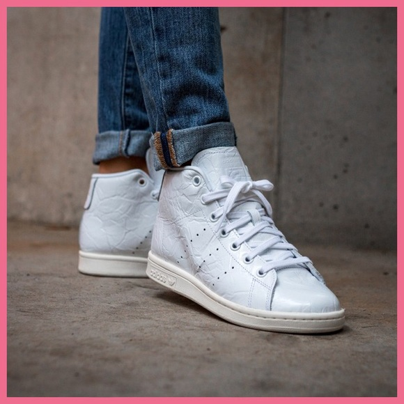 sale retailer 03218 fea29 adidas Shoes - Adidas Tubular Invader 2.0 Decon